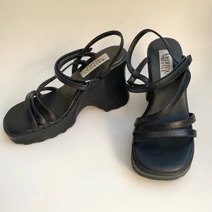 American Eagle 90's Grunge Strappy Wedge Sandal